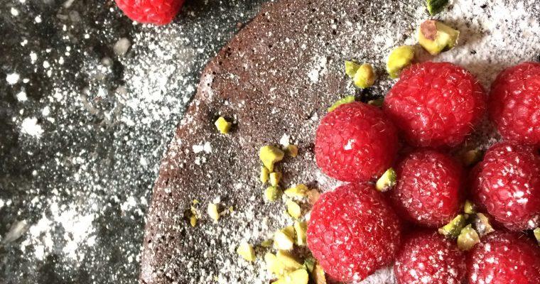 Chocolade truffeltaart met frambozen